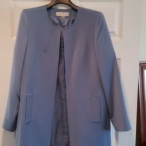 Tahari blue long collarless jacket sz 10